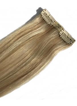 60_18 lysest blond med karamel refleks, 50 cm længde 1 bane